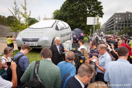 Pressekonferenz im Rahmen der Demo gegen Dieselabgase